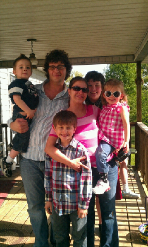 Aud's beautiful family (with my youngest son sticking his head in there). Here we have Aud, Justin, Anny, Mara, and little Eli